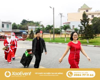 Tổ Chức Tiệc Tặng Quà Giáng Sinh Cho Nhà Máy Coca-Cola Tại Đà Nẵng